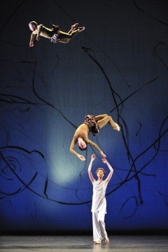 trisha brown,théâtre national de chaillot,laurence caron,danse contemporaine